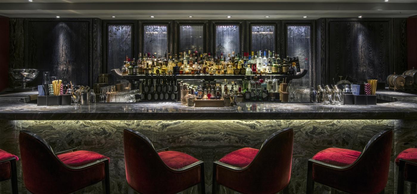 gong-bar-at-shangri-la-hotel-at-the-shard-london