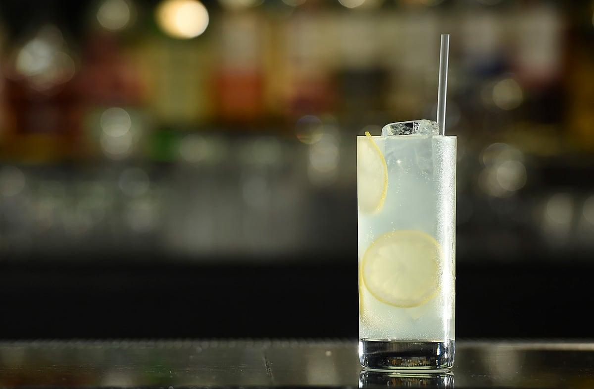 elderflower-collins-cocktail