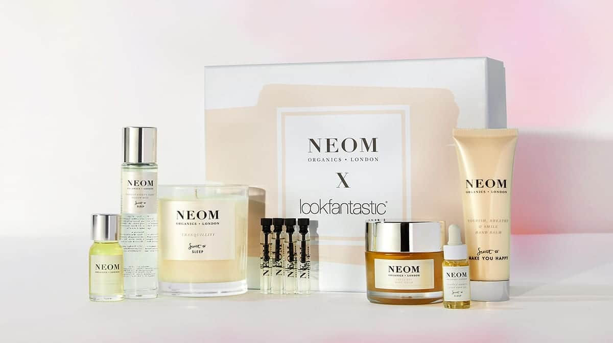 NEOM-gift-box