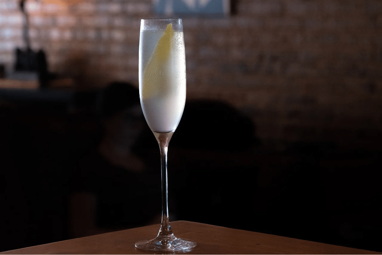 A French 75 Cocktail in a Champagne Flute