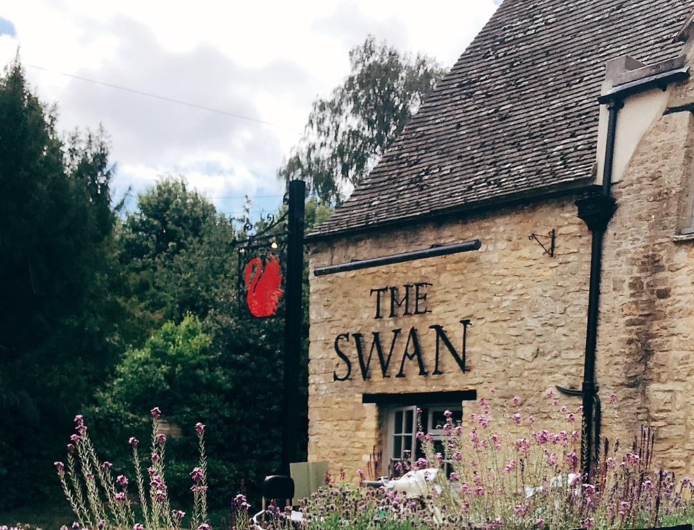 the-swan-ascott-under-wychwood