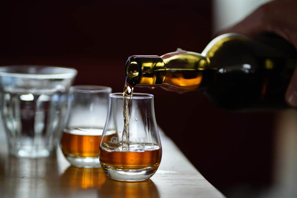 the-best-gifts-whiskey-lovers